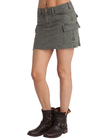 J Brand Aoki Tulum Brand Cargo Skirt in Vintage Olive 89.00 | The Quintessential ...