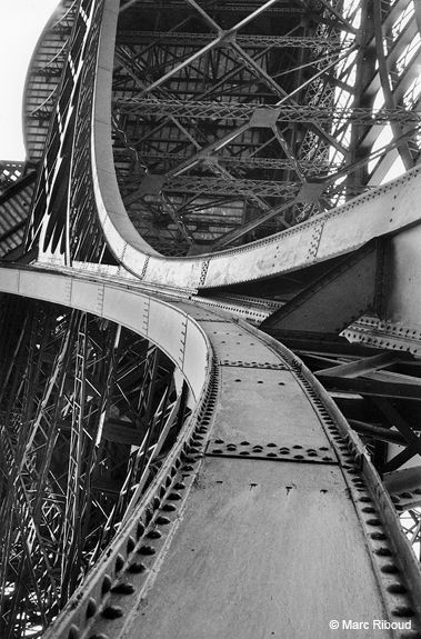 Marc Riboud // Paris, Eiffel - Tower, 1964                              …