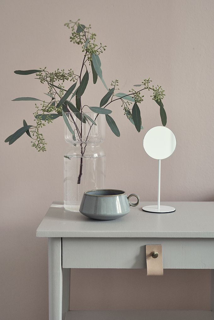 beautiful styling and colours, love the leather detail Styling Susanna Vento, photo Riikka Kantinkoski, customer Tikkurila