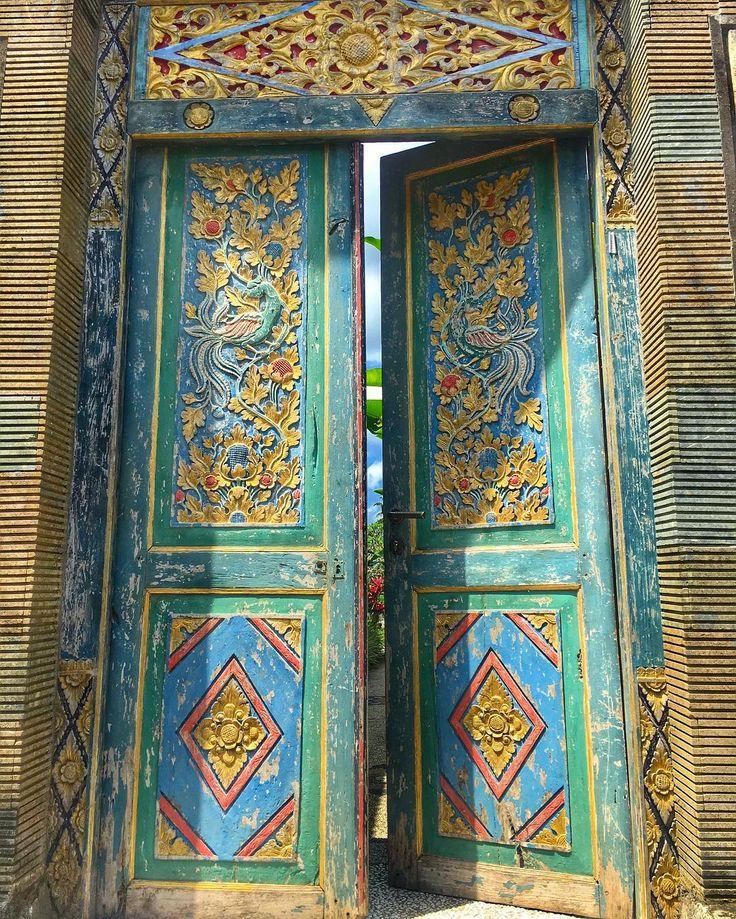 """96 Likes, 2 Comments - Alvin Monarrez (@zanktro) on Instagram: """"#doors #door #doorsofinstagram #doorsofbali #multicolor #woodendoor #elementsofarchitecture…"""""""