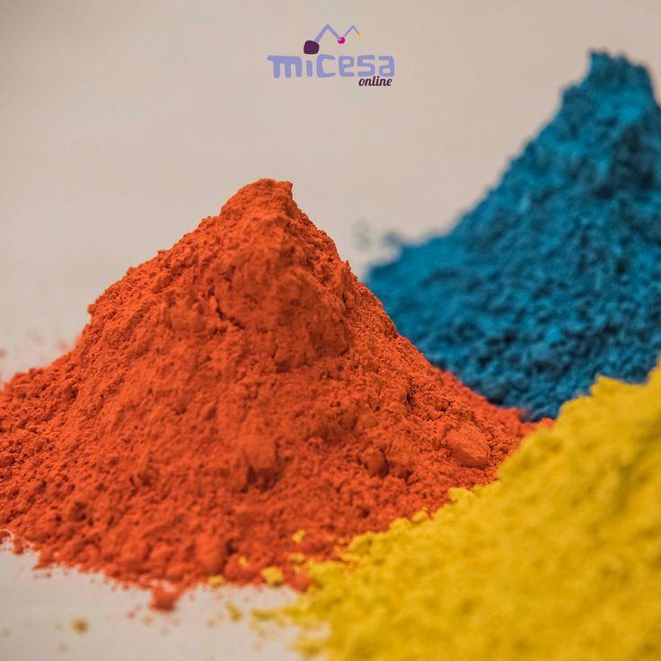 ¡Un toque de color para animar la semana! 🎨 #inspiración #colores #cerámica