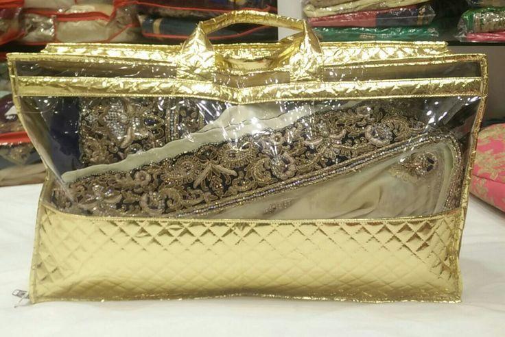 Laminated non woven saree cover