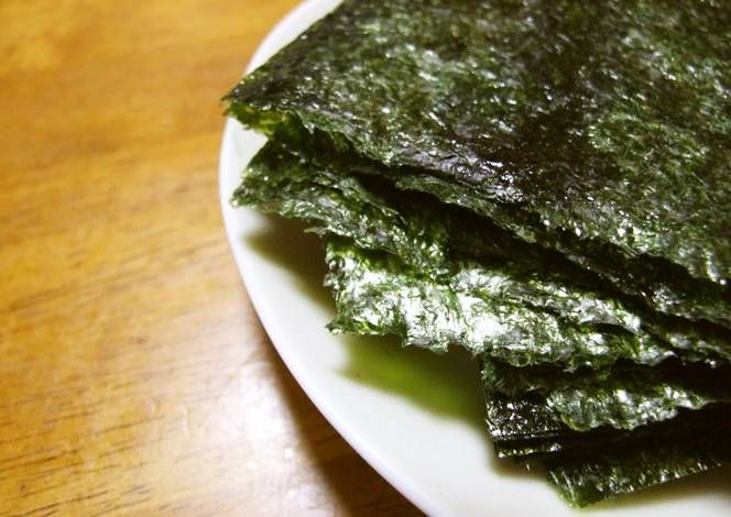 With a Little Effort Korean-Style Sushi Seaweed for Hand Rolls Recipe -  Very Delicious. You must try this recipe!