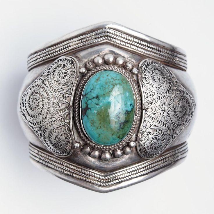 Brățară statement unicat argint filigranat și turcoaz tibetan, Nepal #metaphora #silverjewelry #silverjewellery #nepal #bracelet    #turquoise #statement  #bangle #statementbracelet