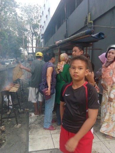 Sate ayam Madura BAROKAH Bp. H. Basiri, Pasar Santa Kebayoran Baru Jakarta.