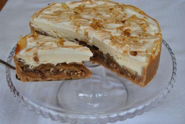 Lucy loves to bake: Karamelovo-jablkový cheesacake