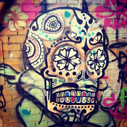 Sugar Skull Iphone Wallpaper Day Of The Dead Street Art Day Of The Dead Street Art