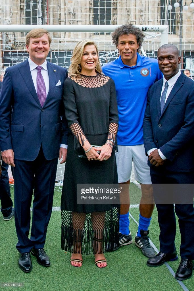 """King Willem-Alexander of The Netherlands and Queen Maxima of The Netherlands attend a soccer clinic with dutch former players Clarence Seedor, Aaron Winter, Pierre van Hooijdonk and Edgar Davids at the Piazette Real during the third day of a royal state visit to Italy on June 22, 2017 in Rome, Italy. (Photo by Patrick van Katwijk/Getty Images) from the Royal Order of Sartoial Splendor """"Some would wear a jersey to a sportsball sort of event. Maybe a nice pair of sneakers. Our Máxima, one of a…"""