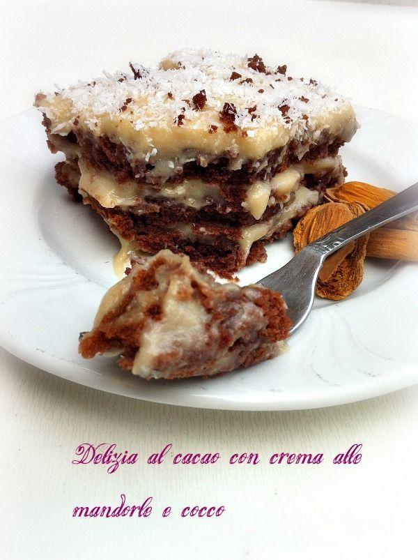 la Delizia al cacao con crema di mandorle e cocco di Vegana (senza prodotti di origine animale), ma ugualmente golosissima! Bella sfida quella di Cami (Una V nel piatto!)