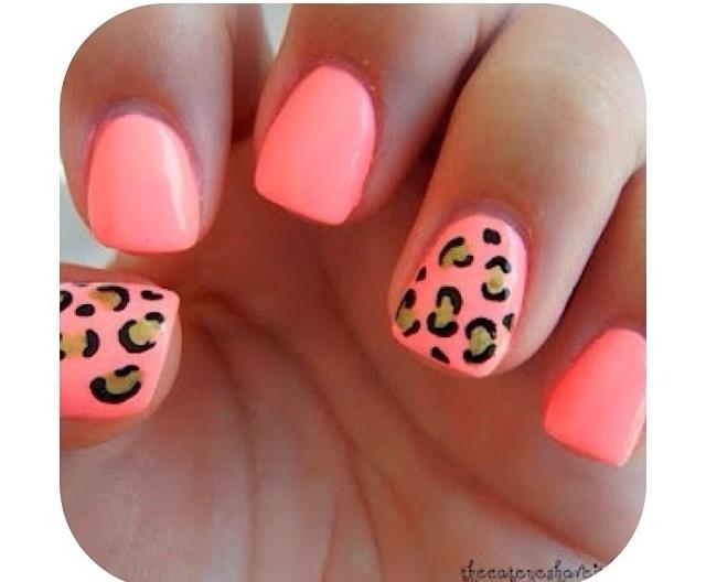 Pink chetta nails