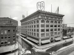 Pardridge & Blackwell formed in 1901 and was bought by Crowley's in 1909 due to mis-management and the panic of 1907.