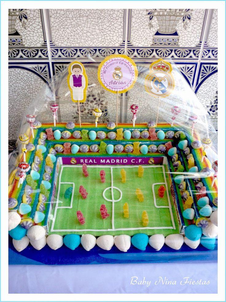 Baby Nina Fiestas: Tarta de chuches campo de fútbol Comunión Adrián