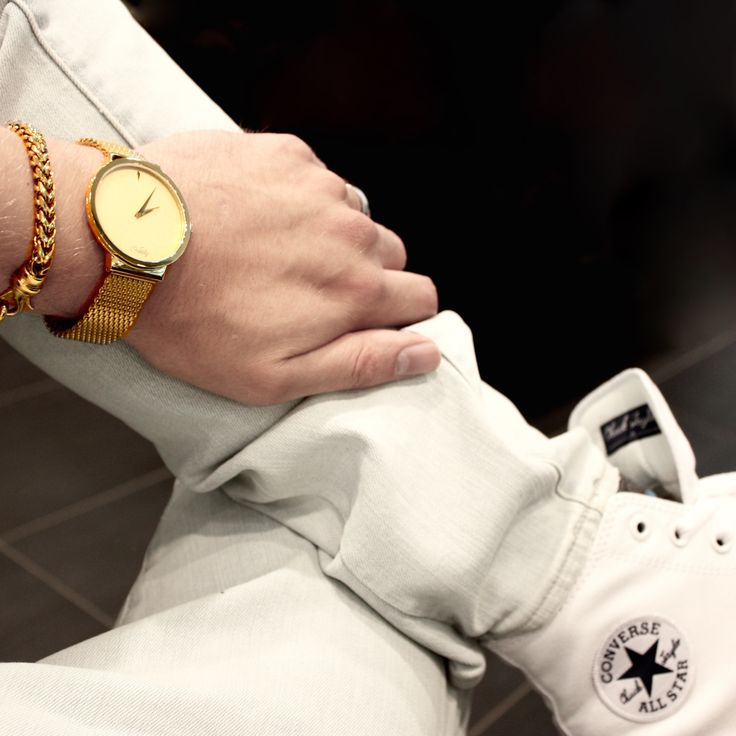 Keep calm and GO FOR GOLD.  #kixsboutique #kixslifestyle #fashion #streetstyle #ootd #potd #bespoke #fashionista #lifestyleblogger #lifestyle #picoftheday #outfitoftheday #inspiration #denim #white #gold #golden #goforgold #converse #sneakers #chuck2 #chucks #watch #bracelet #contrast #cool #accessories #fashionblog #shopaholic #weekend Shop this #look at www.kixs.ca