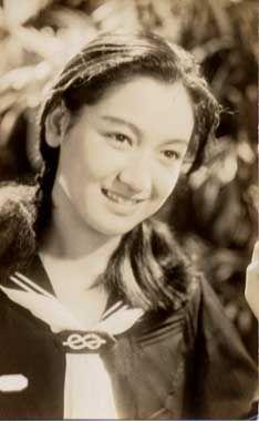 画像 : 「永遠の聖女」 『日本のグレタ・ガルボ』 無言の引退と完璧な隠せい 原節子 - NAVER まとめ