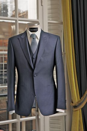 Costume mariage Savile House by Scabal (plein de conseils pour la tenue de ton homme sur le podcast http://www.mademoiselle-dentelle.fr/conseils-tenue-costume-marie)