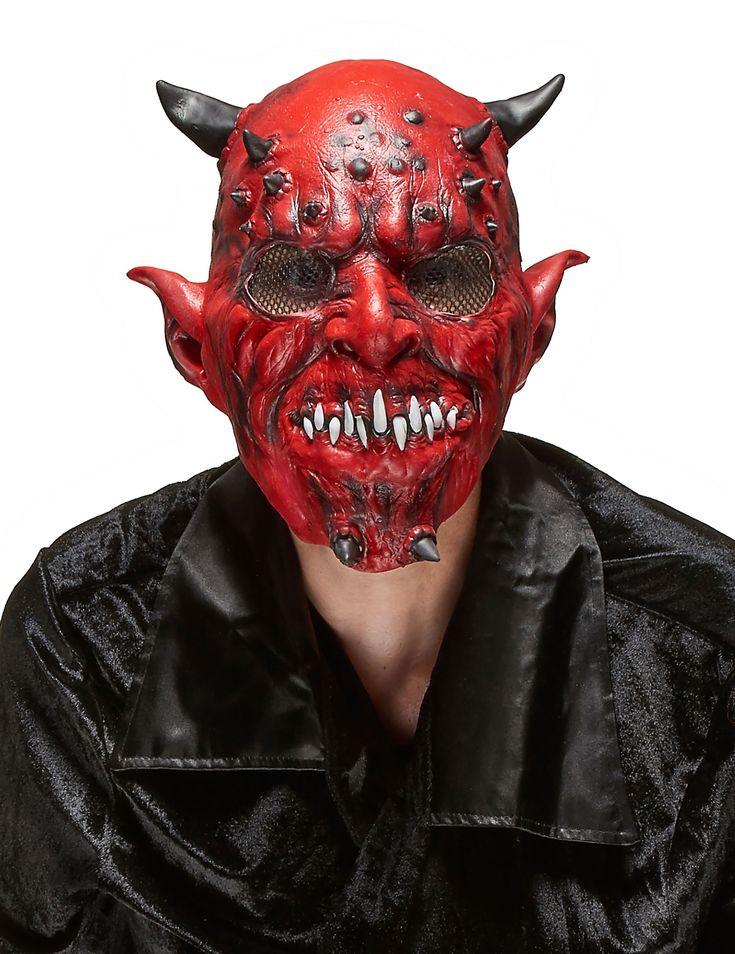 Masque latex démon adulte Halloween : Ce masque de démon pour adulte est rouge avec deux petites cornes noires en haut de la tête et sur le menton. Il est en latex et prendra les 3/4 de votre visage. Au niveau...