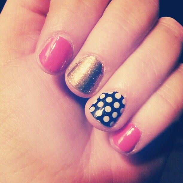Dotted. Tried jamberry. They do not stay on me for a day so cant use them:(