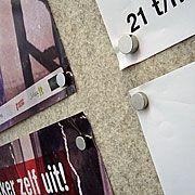 Magnetische prikborden van vilt in Theater Frascati Amsterdam