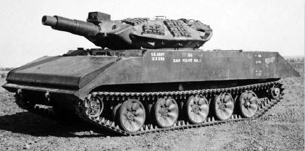 XM551 - first prototype of tank later called Sheridan. Note early type of road wheels.