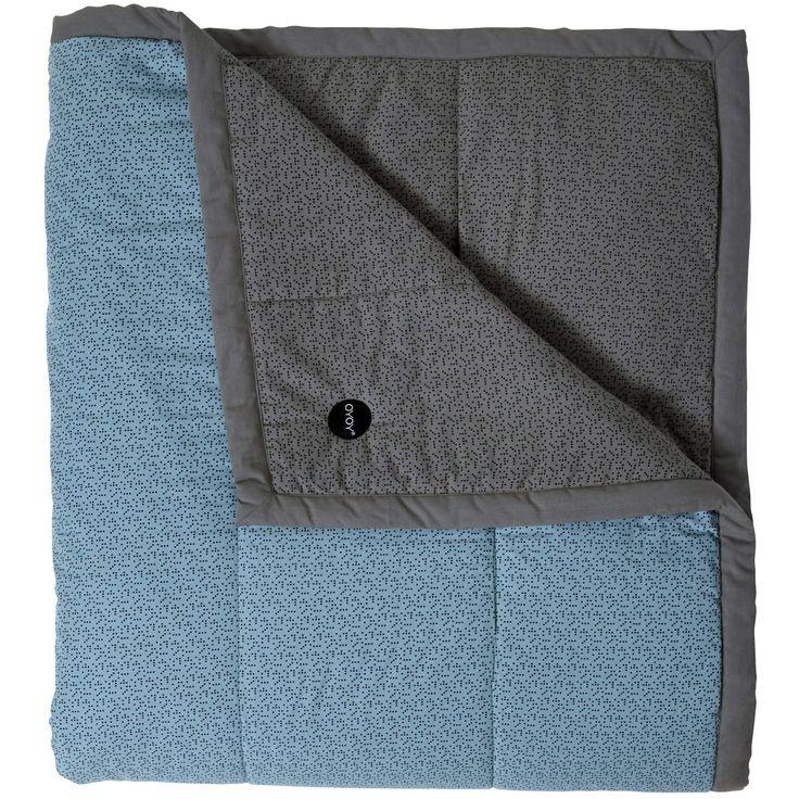 Tenji sengeteppe dobbel, dusty aqua/grå/svart i gruppen Tekstil / Sengetøy / Sengetepper hos ROOM21.no (1026716)
