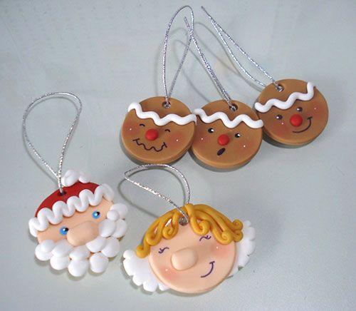 Enfeites de biscuit para enfeitar a árvore de natal