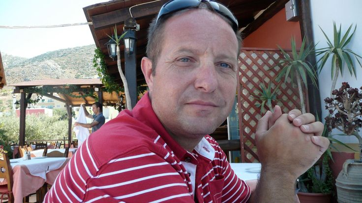 """Γιώργος Προσωπάρης: """"Hacker"""" ο παιδόφιλος προπονητής του κρίκετ στην Κέρκυρα! - Γιώργος Προσωπάρης είναι το όνομα του παιδόφιλου προπονητή που συνελήφθει από τους αστυνομικούς μετά απο καταγγελία μητέρας εκ των αθλητών της ομάδας κρίκετ η... - http://www.secnews.gr/archives/62445"""