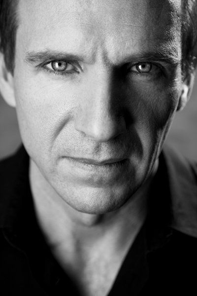 Pierre Gringoire: Ralph Fiennes. (The Hunchback of Notre Dame, Victor Hugo)
