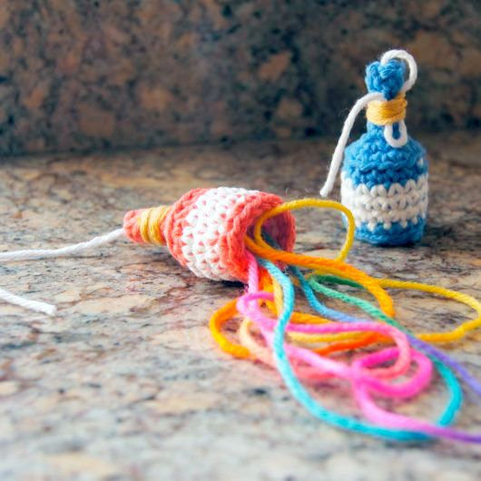 How to Crochet Party Poppers