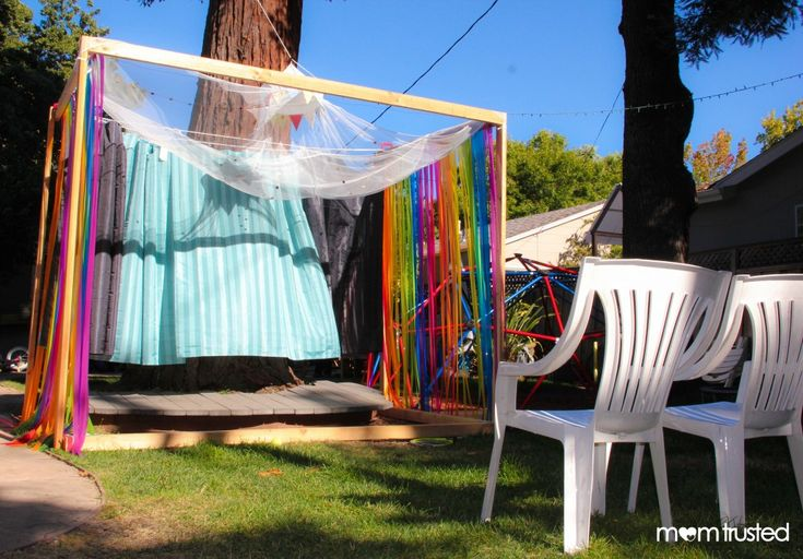 Diy Theater Stage In The Backyard Get Your Children Away
