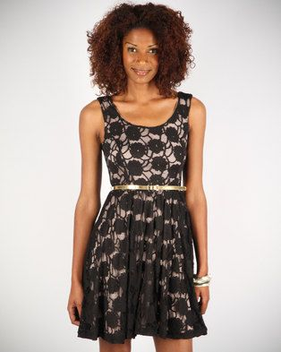 Show your light-hearted personality in this sleeveless Lace Skater Dress by Linx. It is part of the hottest new collection of sophisticated yet casual fashion-wear designed for the urban-cool woman. The floral frock has a round neckline, a cinched waist with a skinny gold belt, and a flared and pleated mid-thigh skirt. This ultra-girly dress is perfect for summer parties and looks just charming when worn with a pair of contrasting strappy heels.