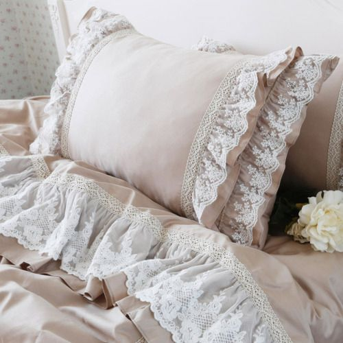 Shabby chic lace line pillows and bedding ❤️