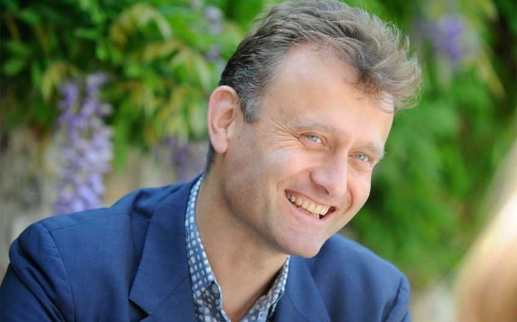 "Hugh Dennis remembers going camping and walking a cat up a hill as he helps   launch the National Trust's ""50 Things to do before you're 11 ¾"" campaign"