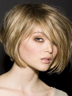 Cute angle: Haircuts, Hair Colors Ideas, Dark Blonde, Blondes Hair, Hairstyles, Bobs, Shorts, Hair Style, Wigs