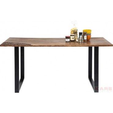 Cette alliance du fer et du bois de Sheesham confère à cette table un style actuel. Travaillée dans un style industriel cette table s'associera très bien à votre mobilier contemporain. Table Rodeo 170x90cm Kare Design