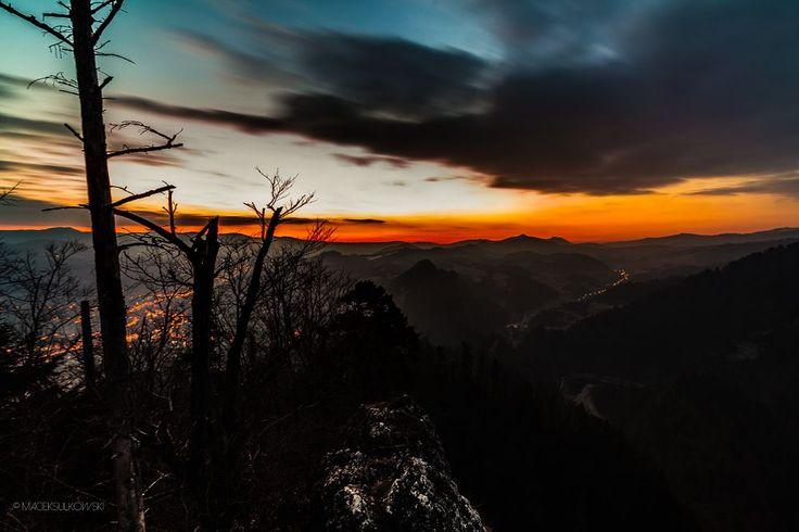 Before sunrise... by Maciek Sulkowski