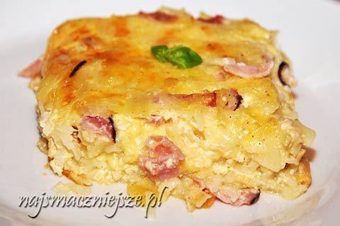 Zapiekanka z makaronem, szynką i serem
