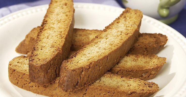 Not-too-hard biscotti with a strong ginger kick.