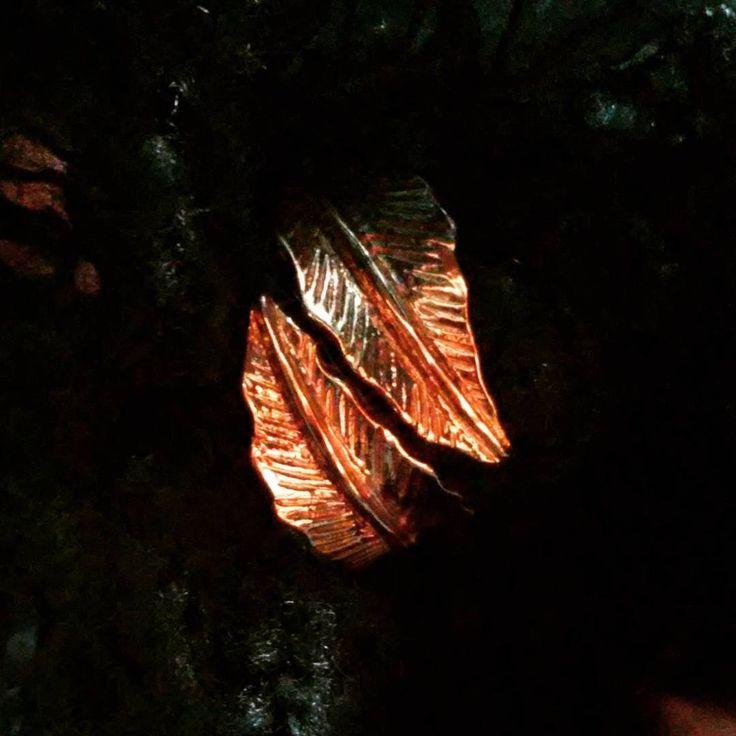 """""""<3 elfic epic eternal love"""" golden leaf ring"""