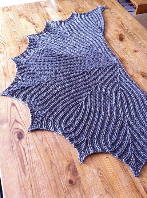 CrazyTalk's Leaflines Shawlette (free pattern) yes, this is crochet and not knit!