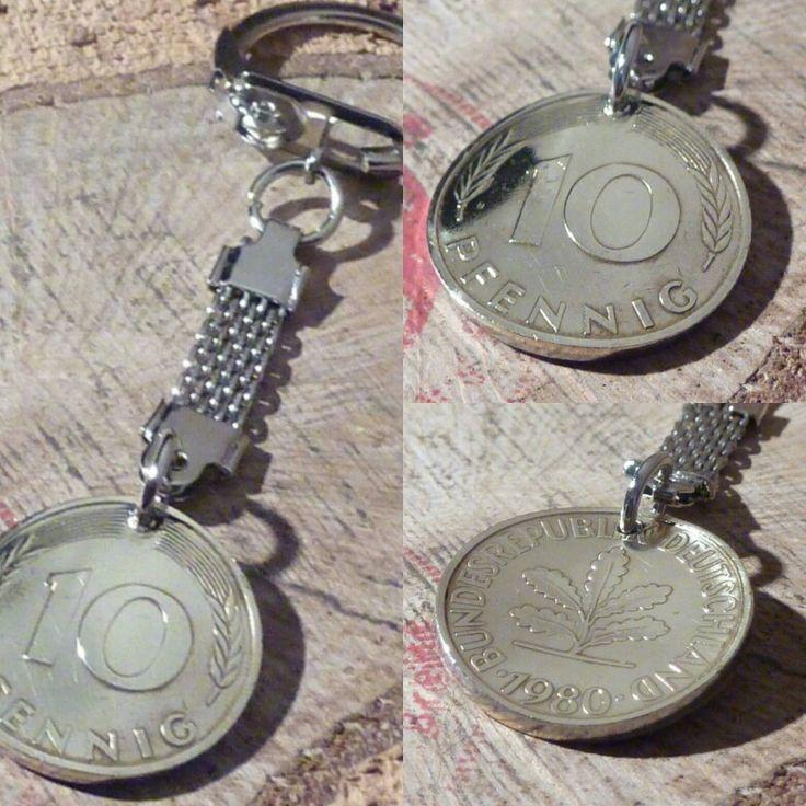 Herrliche hartvergoldete Schlüsselanhänger aus 10 Pfennigmünze BRD .Nostalgie!