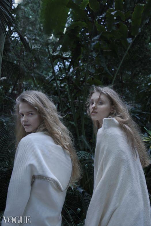 """Specierum Ordinariarum"", 1 of... Photography by Kasia M. Sosnowska Model: Livka (right), Angel (left)/GAGAMODELS MUA: Aga Zajdel Fashion Designer: Marta Hankus"