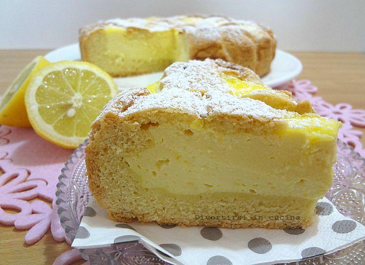 La crostata ricotta e limone è una ricetta facile da fare. E' una crostata molto golosa dal sapore delicato. E' ottima per la colazione e per la merenda.