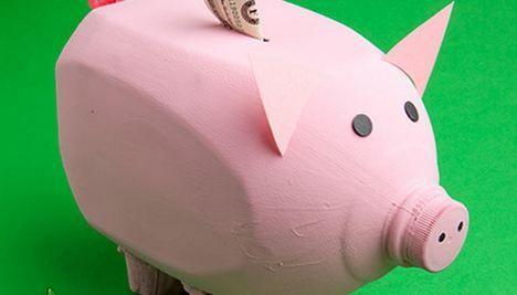 10 great ways to reuse milk jugs like this milk jug piggy for Make a piggy bank craft