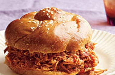 Slow-Cooker Spicy Buffalo Chicken Sandwiches — Punchfork