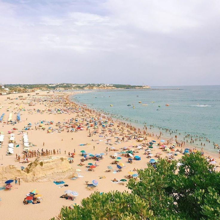 The last Saturday of August was a cloudy day but hot. #praiadarocha #portimao #algarve #portugal