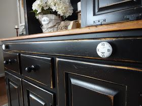 Another makeover that has been a long time coming! This beautiful, but well loved (and a little neglected by me), pine hutch has been pati...