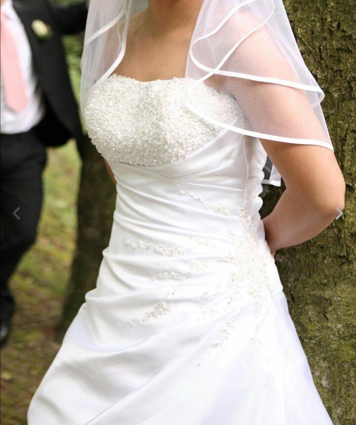 42 best Hochzeitskleider images on Pinterest   Weddings, Bridal ...
