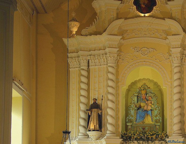 Inside St. #Dominic's #Church - Delighted to see this church to see any similarities with Catholic churches in my country, turns out it's the same. It was like any other Catholic church with no indigenous influences. #Macau