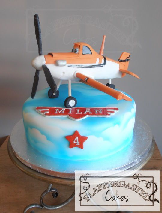 Planes Dusty cake