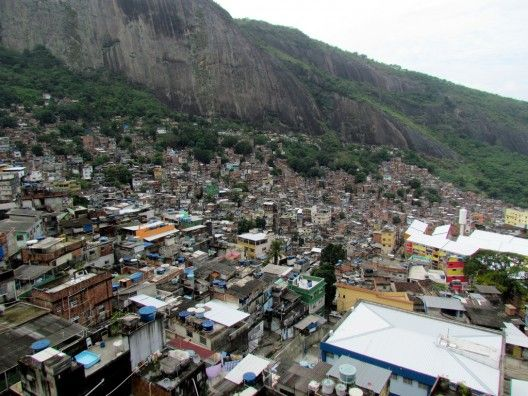 Rio de Janeiro's Favelas : The Cost of the 2016 Olympic Games (3)